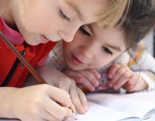 Twoje dziecko i nauka języka - jak zrobić to mądrze